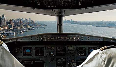 it inside the cockpit of flight 1549 ny daily news us airways 1549 cvr transcript