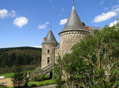 chambre d hotes en auvergne chateau de vaulx en auvergne puy de dôme chateau de