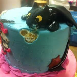 toothless cake topper 1000 images about how to your party on