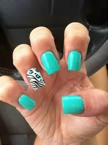 Mint Green Nail Design