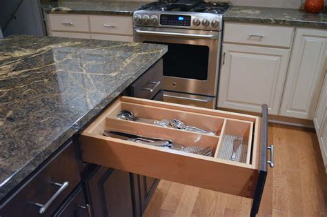 Kitchen Cabinet Drawer Boxes by How Do I If A Cabinet Is Quality