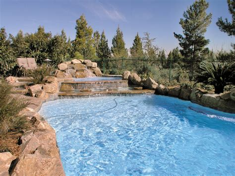 Pool : Anthony & Sylvan Pools