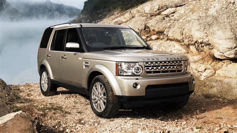 range rover the story of the land rover discovery in pictures