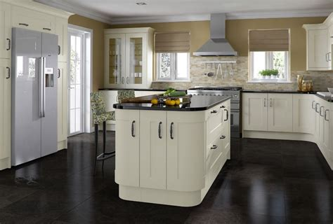 country kitchens uk kitchen design trends for 2014 your kitchen broker 2941