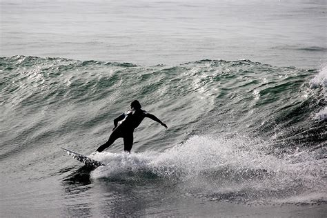 places to learn newcomers 10 best places to learn to surf hiconsumption