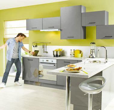 cuisine gris et vert deco cuisine vert et gris