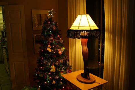 Diy Christmas Story Leg Lamp (42 Pics