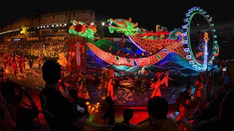 chingay parade  singapore  chinese  year event