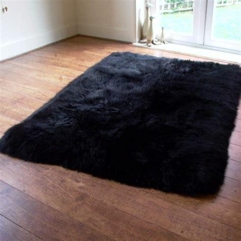 Rectangular Lined Black Sheepskin Rug 160x110cm