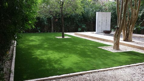 Backyard Grass by Synthetic Grass Turf Putting Greens Lawn Turf