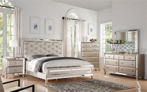mirrored bedroom set mirror bedroom furniture awesome iagitos