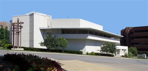 Gallery of Architecture City Guide: Kansas City - 13