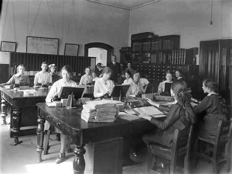 bureau femme bureau femme 1917 tuxboard