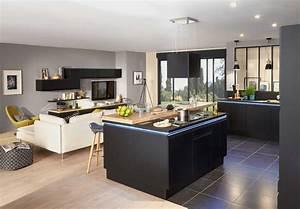 ilot central cuisine avec evier dans cidessous lu0027lot With nice meuble cuisine petit espace 10 15 deco cuisine avec un coin repas malin