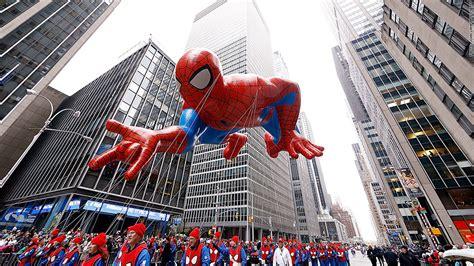 soaring ratings   macys thanksgiving day parade