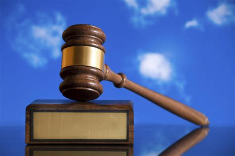 wozniak reaches settlement  al schutzman company