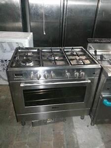 Cuisiniere Gaz 5 Feux : pianos de cuisson gaz professionnel en france belgique ~ Edinachiropracticcenter.com Idées de Décoration