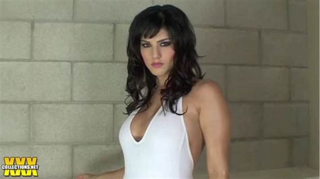 #Sunny #Leone #Hot #And #Oily #In #The #Tub #Hd #Video #Download