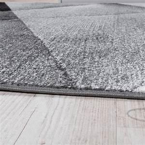 Tapis Gris Poil Ras : tapis design moderne motifs g om triques poils ras gris noir blanc chin tous les produits ~ Teatrodelosmanantiales.com Idées de Décoration