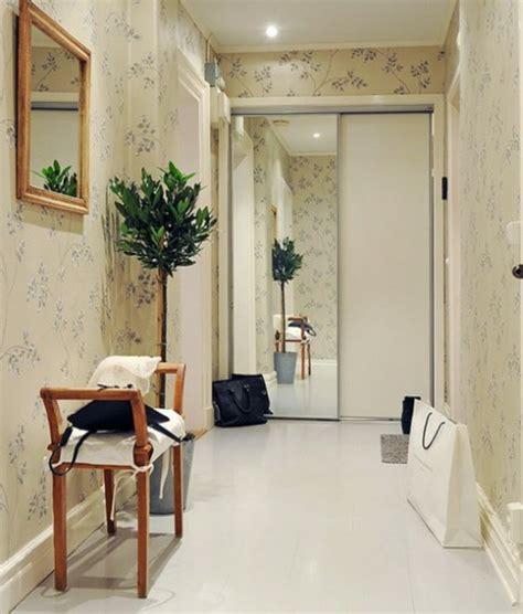 Frische Wanddekoration Mit Pflanzenneue Spiegel Blumentopf by Installation Spiegeln Im Hausflur 75 Echt Stilvolle