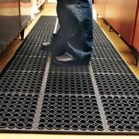 non slip bathroom flooring ideas quot dura chef 7 8 inch quot anti fatigue kitchen mats