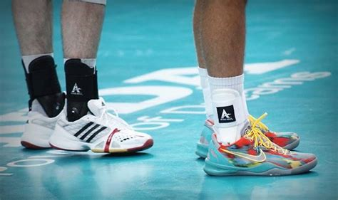 top volleyball shoes   guide  women  men top
