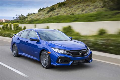 cars honda civic si honda civic si continues to remain a mass market s sports car