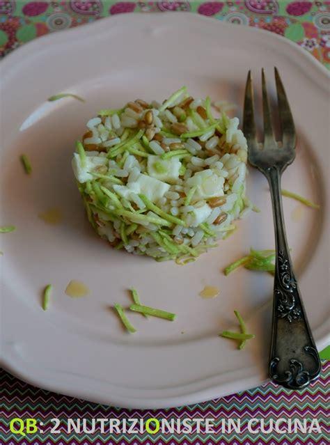 come cucinare riso farro e orzo insalata di riso orzo e farro con trombette e mozzarella