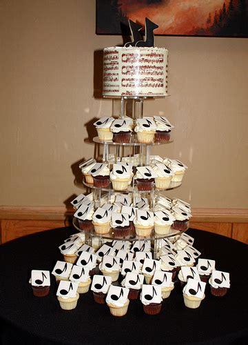 notes cupcake cake home