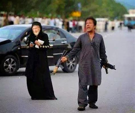 imran khan funny pics snipping world