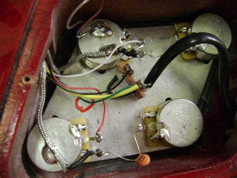 electric guitar bass pickup installations