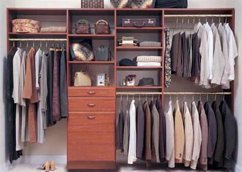 17 Meilleures Idées à Propos De Garde Robe De Chambre Sur