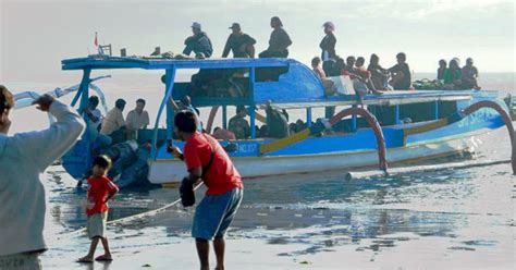 Slow Boat Sanur To Nusa Lembongan by Best Way To Get To Nusa Lembongan From Bali That You Need