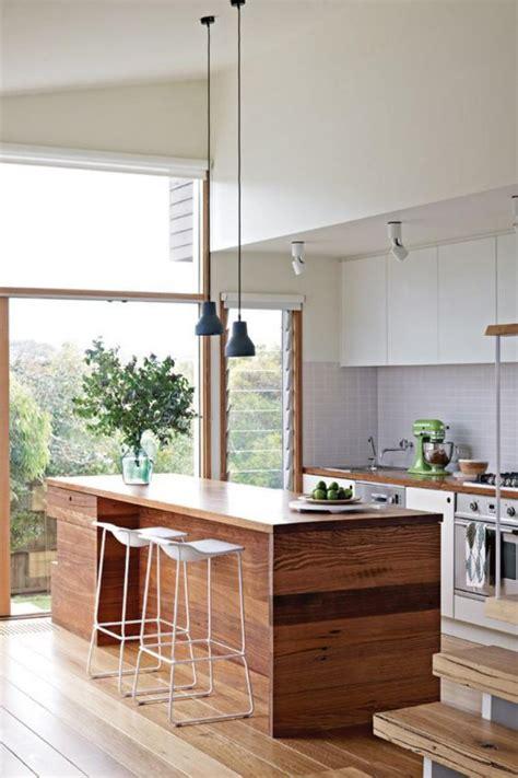 cuisine en ilot la cuisine blanche et bois en 102 photos inspirantes