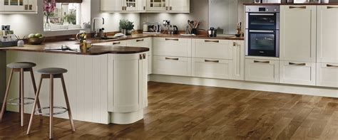 kitchen flooring advice kitchen flooring ideas advice inspiration howdens 1688