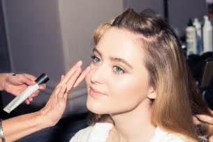 kathryn newton lady bird actress kathryn newton gets ready for dior s fall 2017