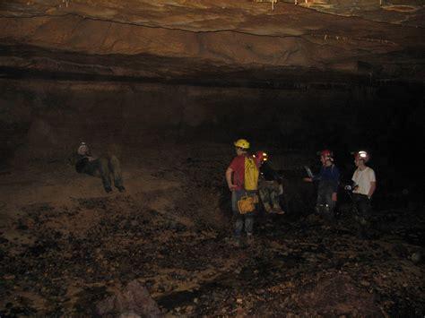 the wayward hatch cave 10 guffey cave