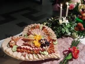 buffet froid mariage buffet froid communion léane présentoir buffet froid et memes