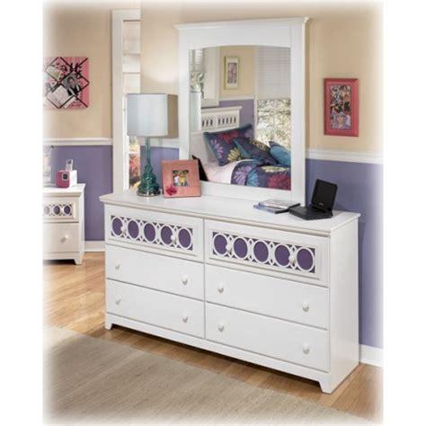 furniture zayley dresser bedroom furniture