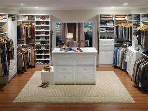 Das Ankleidezimmer Moderne Wohnideeneinrichtungsidee Fuer Ankleidezimmer by Offener Kleiderschrank 39 Beispiele Wie Der