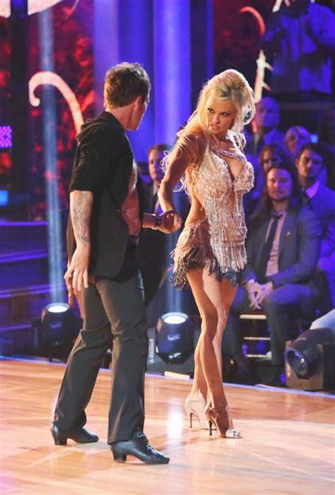 pamela anderson dancing   stars
