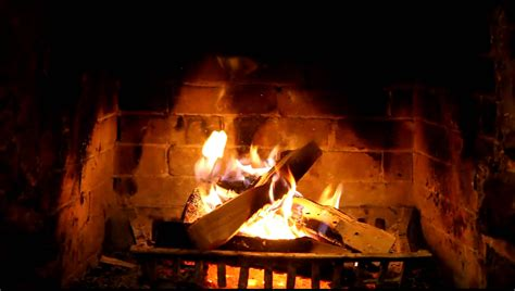 crackling fire wallpaper  hipwallpaper fire