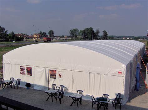 capannone per feste sistemi modulati copertura capannone e palco a volta in