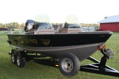 Lund Boats For Sale Barrie by 2001 Lund Pro V 1900 Boat
