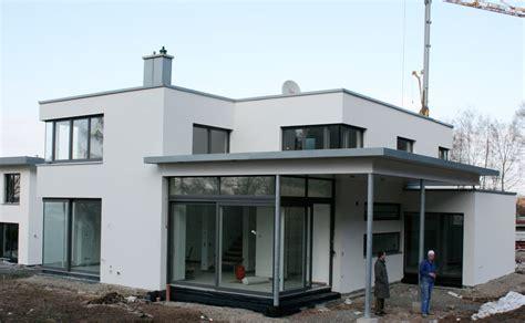 Neubau Häuser Kaufen by Neubau Einer Modernen Villa Mit G 228 Stewohnung Archi Viva