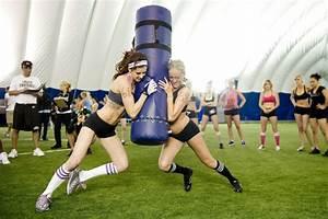20 leave Toronto lingerie football team in dispute over ...
