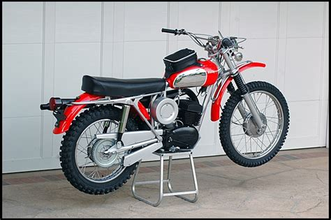 Steve Mcqueen's 1971 Husqvarna 400 Cross Under The Hammer