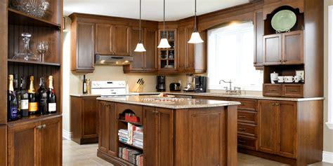 cuisines en bois élégante sobriété cuisine bois érable quartz
