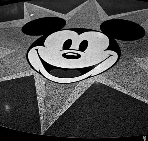 Mickey Mouse — Wikipédia