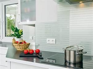 Glas kuchenspiegel aus kratzfestem echtglas for Küchenspiegel glas